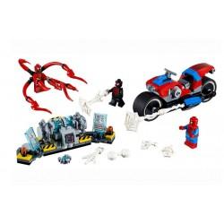 Lego Super Heroes 76113 Spiderman cu motocicleta