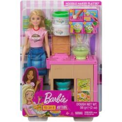Papusa Barbie pregateste noodles Mattel GHK43