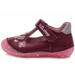 Pantofi decupati din piele pentru fetite DD Step 015-467a
