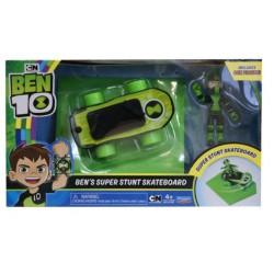 Ben10 Super Stunt Skateboard cu figurina Playmates 77400-77405