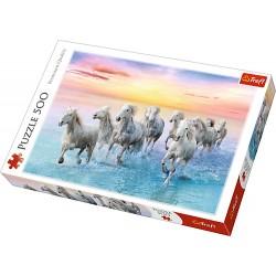 Trefl puzzle 500 piese cai albi 37289